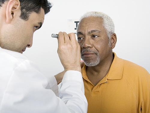 Tips for Active Adults to Maintain Excellent Eyesight