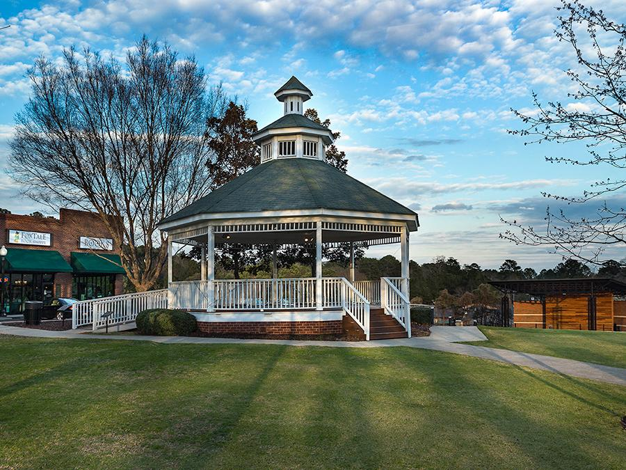 Just a walk down the street from the Linton & Main community in downtown Woodstock, GA, visit the Amphitheater for a concert in the Park at City Center.